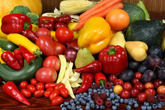 https://cdn.allaboutvision.com/images/nutrition-fruit-veg-330x220.jpg
